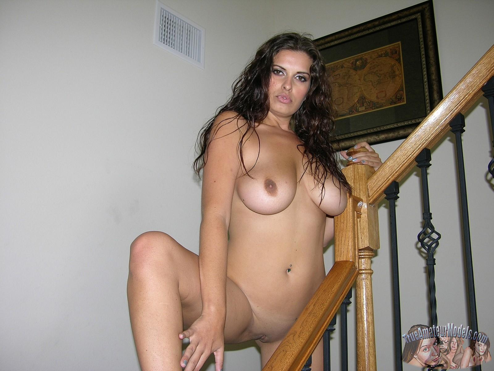 Amateur Latina Bbc Creampie